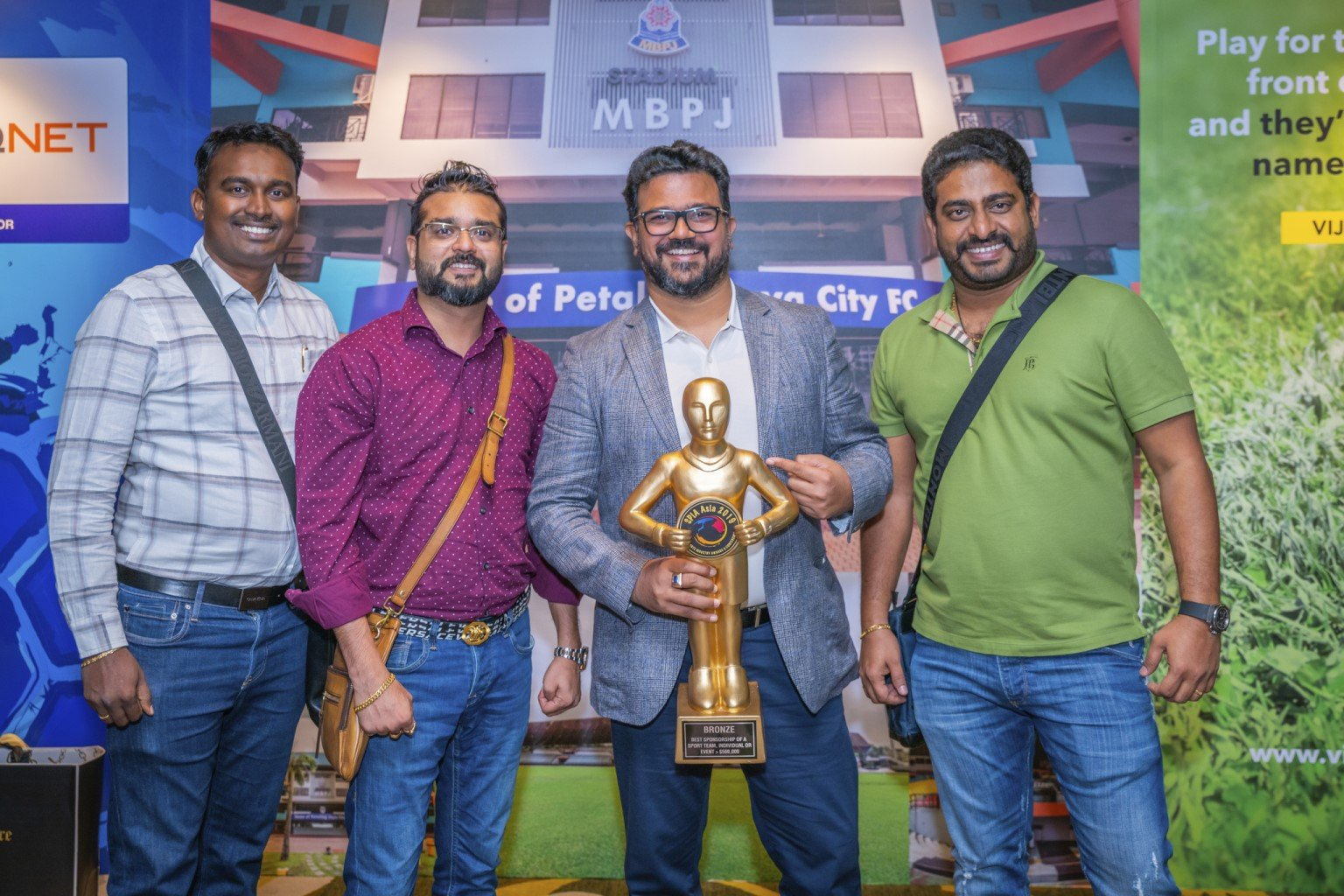 Sports Industry Awards Asia QNET 1